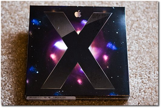 A picture of the Mac OS X Leopard box